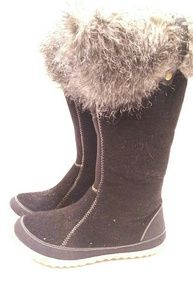 Sorel Women's pull on boot size 9 fur top